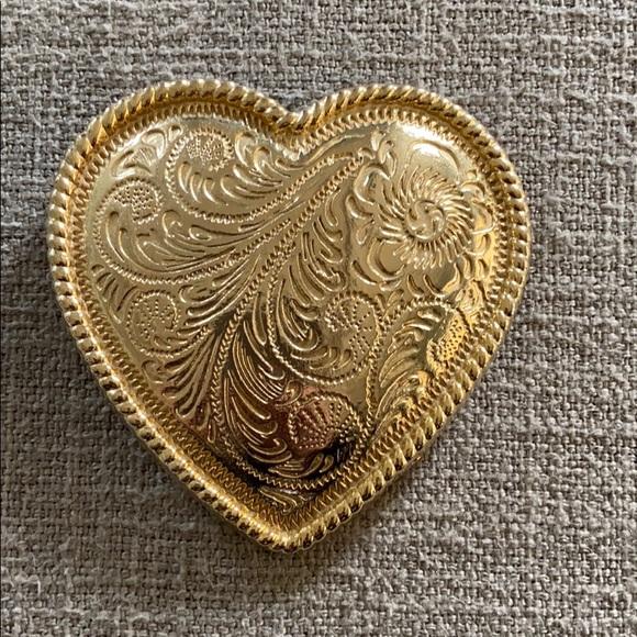 Gold Heart belt buckle